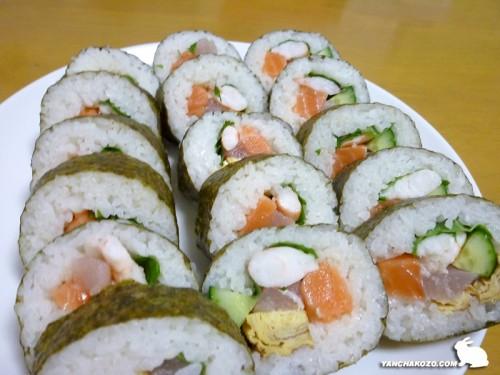 巻き寿司、切ったよ!